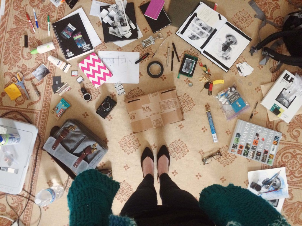 I work on the floor: My messy desktop // DL Hudson