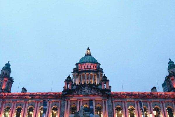 Belfast, Hall